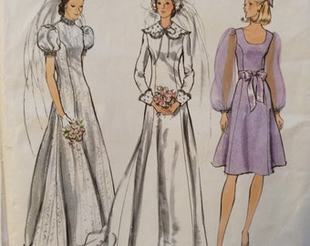 Vogue Bridal Design 2688 vintage 1970's misses bridal dress sewing pattern size 12 bust 34   Uncut  Factory Folds