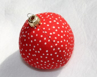 Christmas red white dotted 6 cm unbreakable sewn fabric ball Eisbaerchenmama ball bauble Christmas bauble