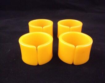 Napkin Rings (4) // Harvest Gold // Mid Century