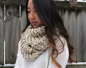Textured Knit Infinity Loop Scarf | Oatmeal