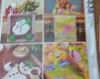 McCalls snowman, placemats, table runner, centerpiece  & napkins