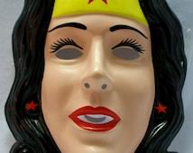Vintage DC Comics Wonder Woman Justice League Halloween tiara head piece Mask Y9