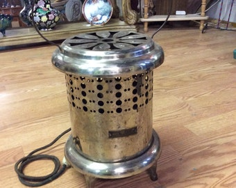 Vintage Dominion Electrical Electric Space Heater, 1930's-1940's. Cord intact, may work.