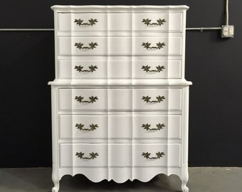 Vintage 1960s French Provincial Highboy Dresser - 6 Drawers, Cabriole Feet, Serpentine Shape, Scalloped Carvings, Front Apron
