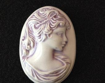 Vintage Purple Ceramic Cameo Cabochon (GM252)