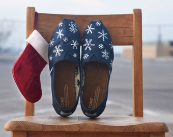 Hand-painted Snowflake classic TOMS shoes