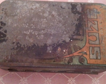 Metal vintage box of SUZE Made in France