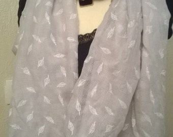 Grey cotton printed scarf