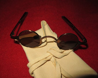 18th Century Spectacles Sunglasses with Round Lens