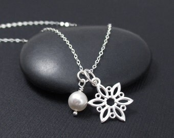 Snowflake Necklace With Pearl Sterling Silver Snowflake Charm Pendant, Winter Necklace, Snow Flake Necklace, Christmas Gift