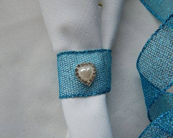 DESTINATION WINTER WEDDING Teal Mesh w Pearl Heart and Rhinestones Napkin Rings, 25 Teal Napkin Holders with Pearl/Rhinestone Heart