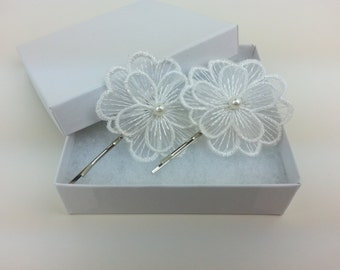 Two ivory lace flower hair pins, flower hair piece, wedding hair accessories, prom hair pin, bridesmaid hair pin, flower girl, lace hair pin