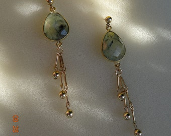 Earrings with Prehnite, goldfilled great designs in 585-er!