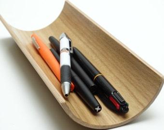 Wooden stand pencils in oak, wooden oddments , wooden curved stand pencils, pencil holder bent plywood