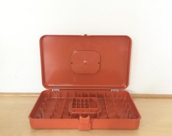 Vintage Sewing Caddy / Orange Sewing Storage Case / Portable Sewing Box / Mid Century Thread, Bobbin and Needle Holder / Retro Sewing Case