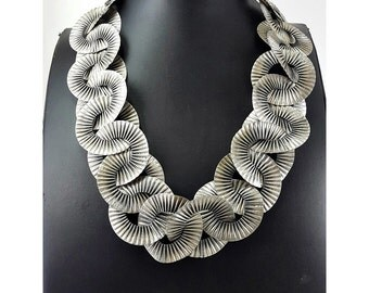 Old vintage look 925 sterling silver contemporary necklace