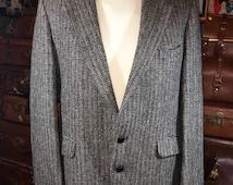 Vintage Men Harris Tweed Houndstooth Gray Wool Tweed Blazer Sports Coat 44R-- Made in the USA