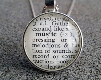 """Word Pendant and Chain """"Music"""""""