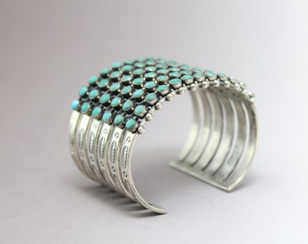 Vintage Sterling Silver Native American Zuni Wide Turquoise Snake Eye Petit Point Cuff Bracelet