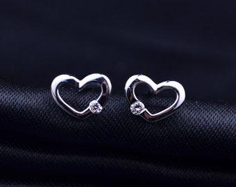 Heart 18k White Gold Diamond Earrings Stud Wedding Birthday Valentine's