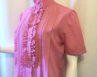 Donne Kenny 80s Pink Ruffle Collar Shirt