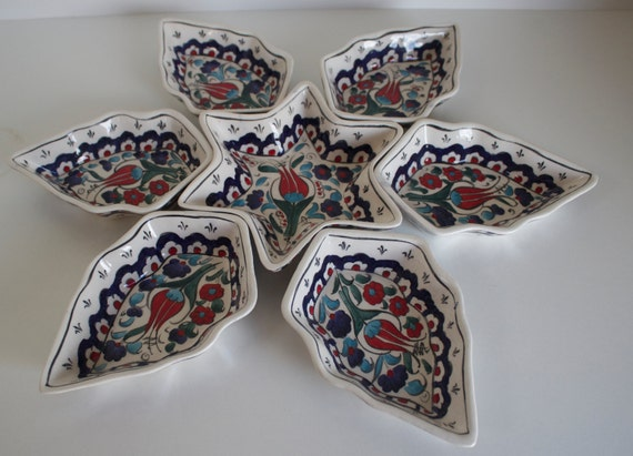 Floral Design Handmade Tapas Serving Set, Dish Set with Flower Patterns, Lead Free Ceramic Bowls, Hand Painted Passover Plate, Breakfast Set