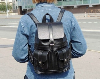 "Black leather backpack ""Classic"""