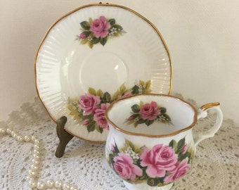 English Royal Minster Bone China Teacup and Saucer ~ White with Pink Roses Bouquet and Gold Gilt Rim - Valentine or Mother's Day Gift