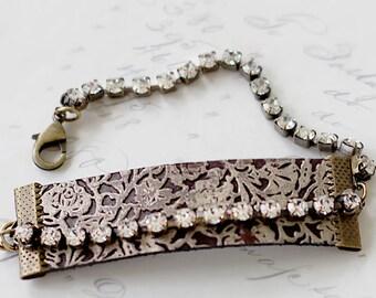 Leather Bracelet for Her - Girlfriend Leather Bracelet - Boho Jewlery - Everyday Bracelet - Floral Leather Bracelet - Leather Gift for Wife