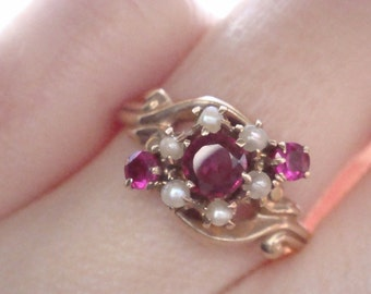 Edwardian 9ct Ruby and pearl ornate ring