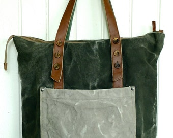 Tote in Waxed Canvas & Leather