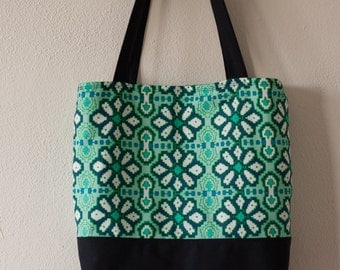Bag/tote bag with green/blue pattern