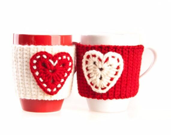 Christmas gift, Set of 2 , Red White Cream Heart, Mug cozy, Cup cozy, Crochet mug warmer, decor, tea cozy, gift, gift for her, for couples