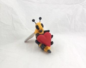 Valentines day honey bee Bumble bee heart love figure sculpture