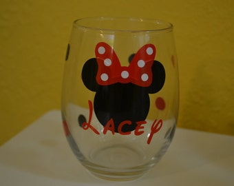 Personalized Minnie Mouse stemless wine glass, Disney wine glass, Disney Side, Disney Wedding, Disney Gift
