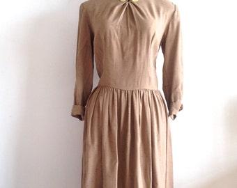 Classic vintage 1950's woven tea dress full pleated skirt