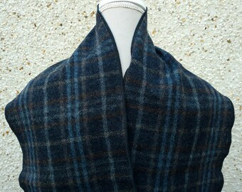 Irish tweed scarf - 100% wool - navy check - ready for shipping - HANDMADE IN IRELAND