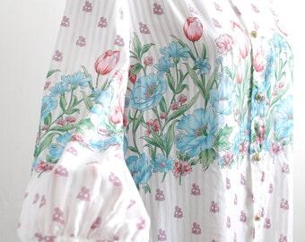 Vintage tulip floral print high neckline white blouse