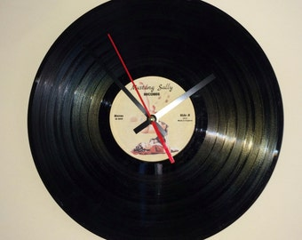 "12"" Vinyl Record Clock - Retro Vintage Pin Up Style"
