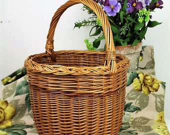 Vintage Wicker Basket/Egg Basket/Reed Basket/Shopping Basket/Decorative Basket/Storage