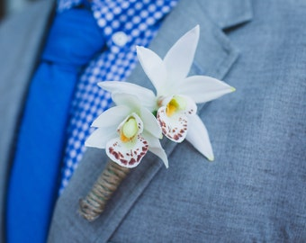 SET of 5 Silk Orchid and Twine Boutonnieres (Set of 4 Groomsmen & 1 Groom)