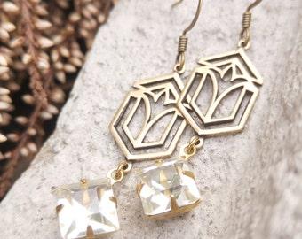 Brass Vintage jewelry Vintage earrings Victorian earrings Victorian jewelry Art deco earring Art deco jewelry Vintage style jewelry Filigree