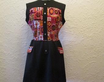 1960s Original Vintage Black Pattern Dress Crimpolene Arnel Fabric