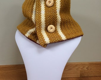Handwoven wool neck warmer with buttons