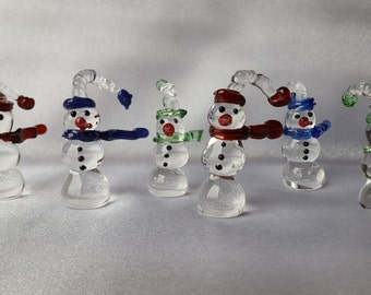Handmade Glass Snowman with Scarf, Christmas Decoration, Frosty the Snowman, Glass Figurine, Christmas Gift
