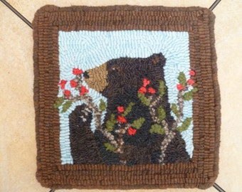 Hungry Bear Rug Hooking Pattern
