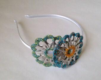 Headband white flower