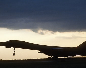 B-1B Bomber Taking Off - Airplane Photography, Aviation Art, Airplane Art, Airplane Photography, Pilot Gift, Aircraft Photography, B-1