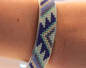 Silver cuff and woven beads Miyuki violet-blue-green of water