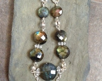 Labradorite and topaz graduated necklace.